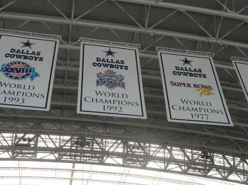 Dallas_Cowboys_stadium_championship_banners_4